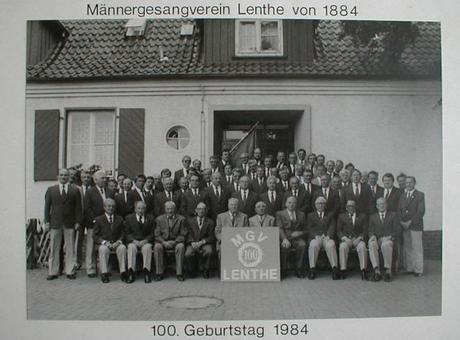 Männergesangsverein Lenthe Gruppenfoto (1984)©Stadt Gehrden